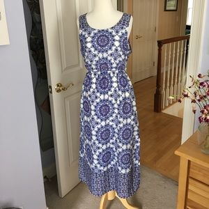 Everly printed maxi dress. Large.